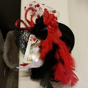 Queen of hearts hat new
